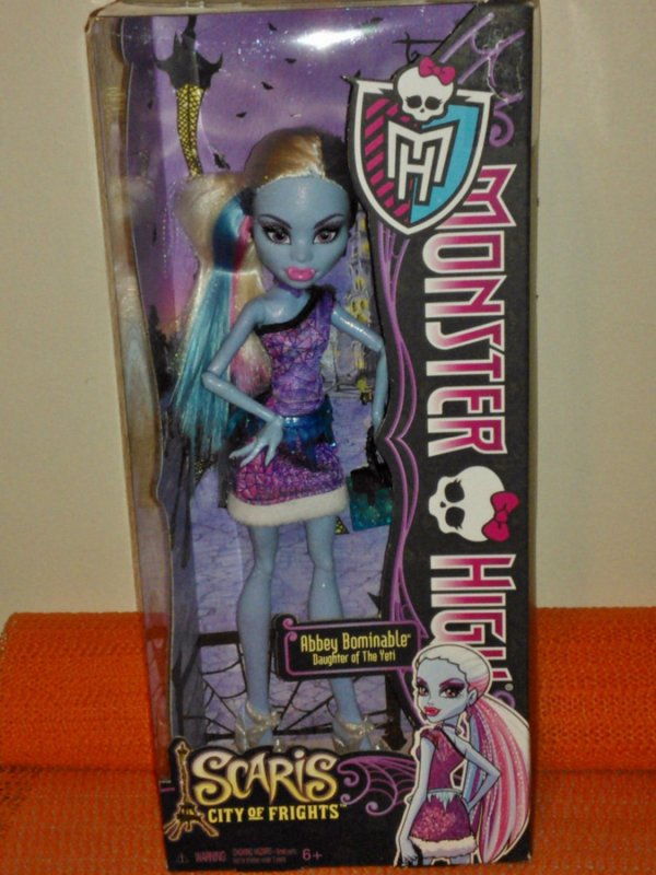 Abbey Bominable Daughter Of Yeti- 2012 Monster High Scaris City Frights