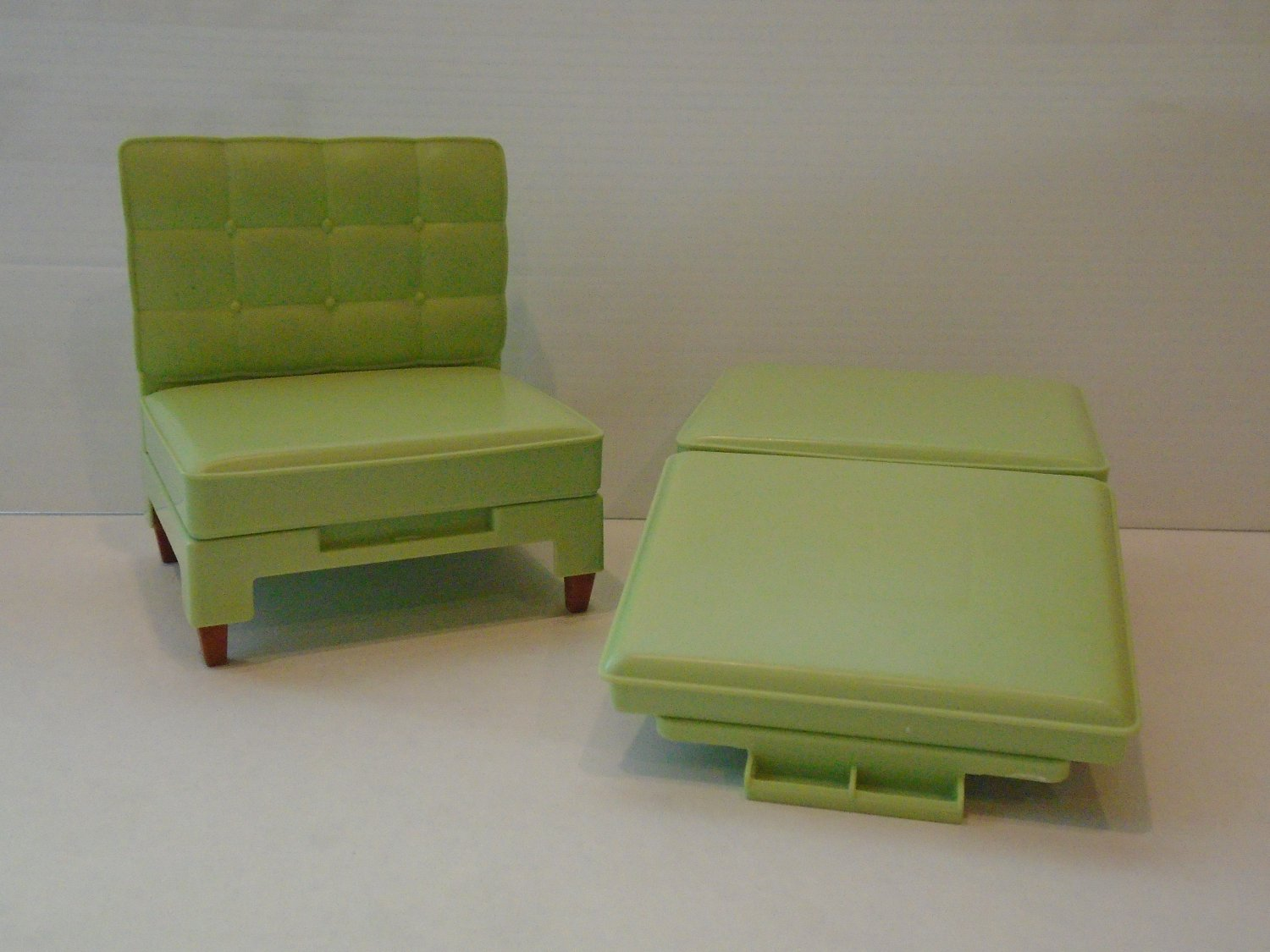 Chair That Converts To A Bed Vintage Barbie Green Chair And Ottoman Converts To Bed Clb 968