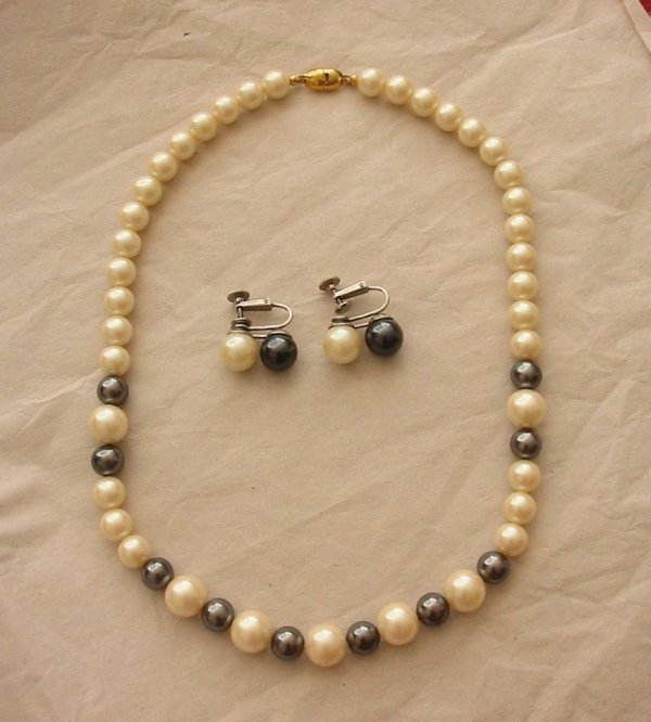 Vintage Monet Set Two Tone Pearl Necklace And Earrings