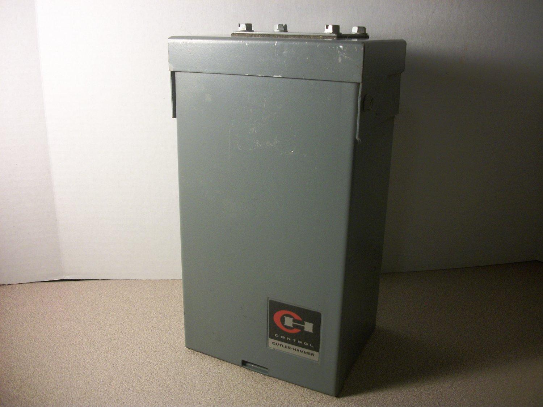 Cutler Hammer Ch Circuit Breaker Load Center Type 3r Ch2