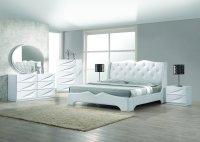 Madrid 5 Pcs Modern Off White California King Bedroom Set