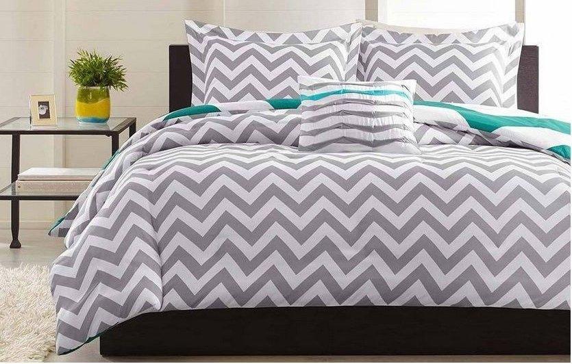 Grey White Chevron 4 Piece KING Comforter Set Zigzag