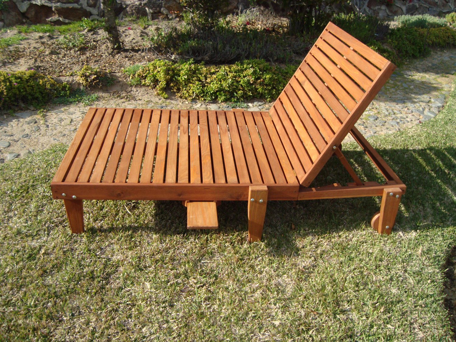 summer chaise lounge chairs la z boy big tall executive leather office chair best redwood wide