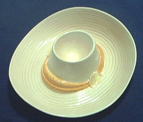 METLOX CALIFORNIA POTTERY SOMBRERO HAT CHIP AND DIP DISHHARD TO FINDEXCELLENT CONDITION