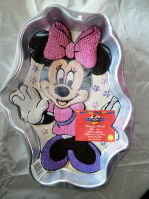 Sold Wilton Cake Pan Minnie Mouse 2105 3602 Disney
