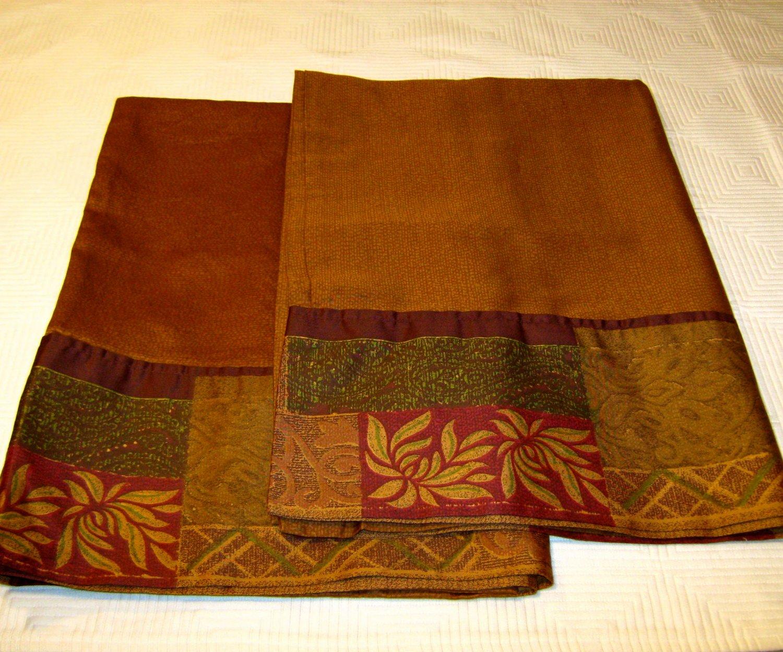 Croscill Home GALLERIA 2 Pillowcases Brown Red Green 300 Tc
