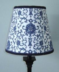 RALPH LAUREN CUSTOM BLUE PORCELAIN TOILE LAMPSHADE