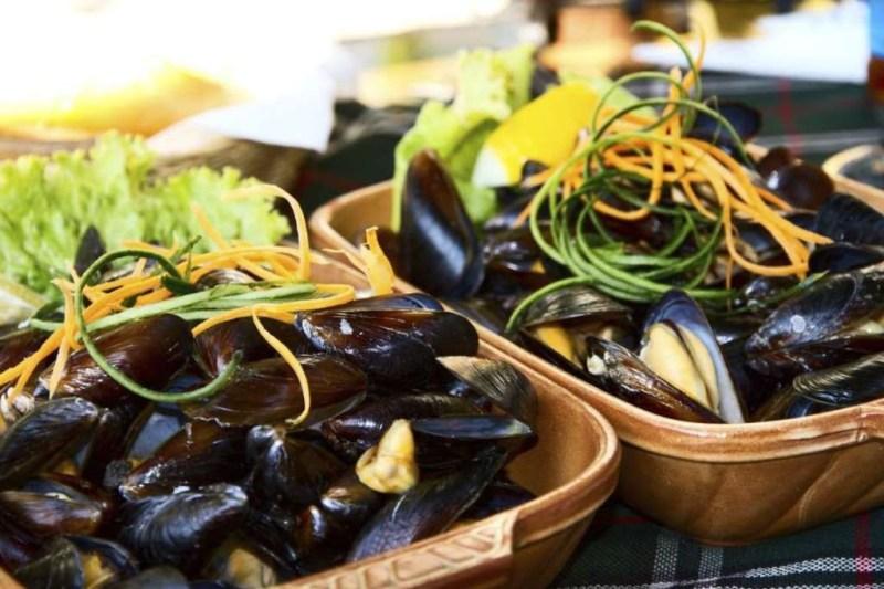 Мидии с картофелем фри (Бельгия) блюдо, еда, туризм