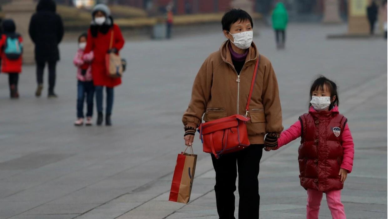 China coronavirus death toll passes 100 as US, Canada issue travel ...