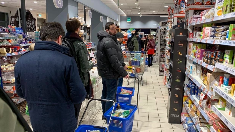 Italy quarantines more than 15 million people in coronavirus lockdown