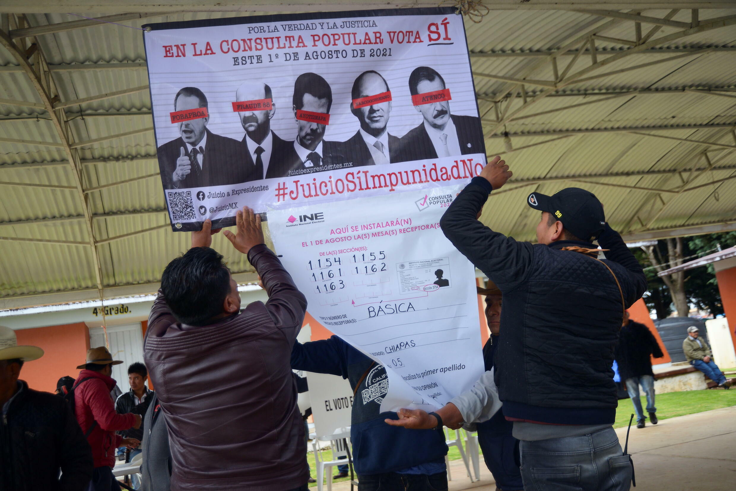 Referendum to decide whether to investigate five former Mexican leaders, in the Corazón de María.