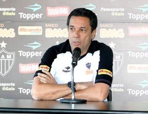 Vanderlei Luxemburgo, técnico do Atlético-MG