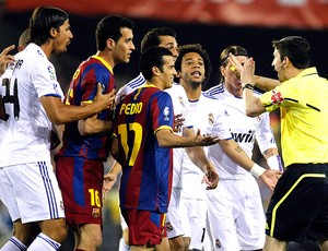 partida entre Barcelona e Real Madrid pela Copa do Rei (Foto: Reuters)