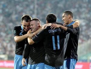 Rooney comemora gol da Inglaterra (Foto: AFP)