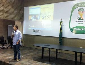 Secopa apresenta projeto da cobertura do Castelão (Foto: Diego Morais / Globoesporte.com)
