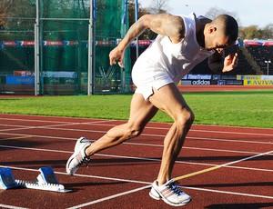 James Ellington no treino de atletismo (Foto: AFP)
