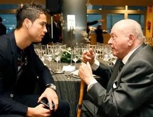Cristiano Ronaldo Di Stéfano Real Madrid (Foto: Reprodução / Site Oficial)