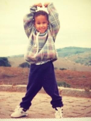 Neymar criança (Foto: Reprodução / Twitter)