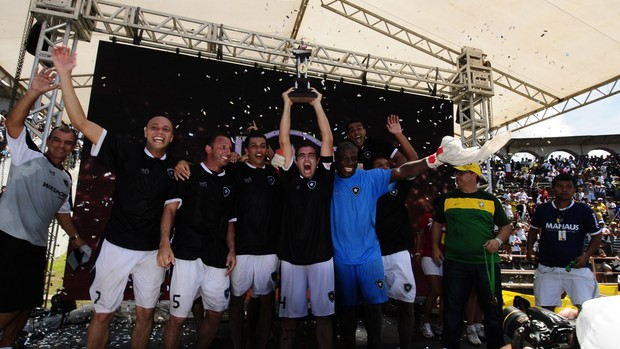 botafogo taça copa brasil futebol de areia (Foto: Divulgação)