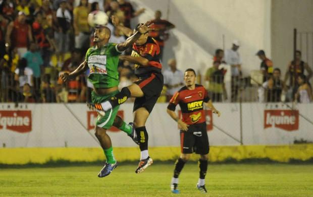 América x Sport (Foto: Aldo Carneiro)