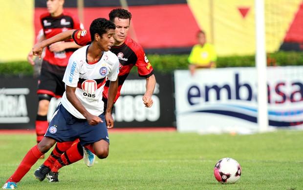 gabriel michel bahia x vitória (Foto: Felipe Oliveira/AGIF/AE)