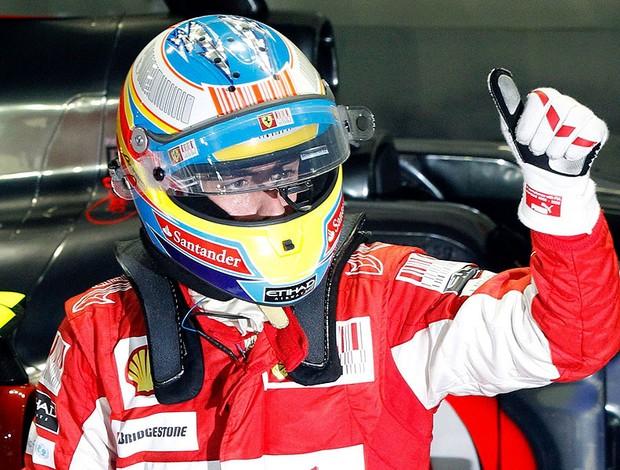 Alonso comemora a pole no GP de Cingapura