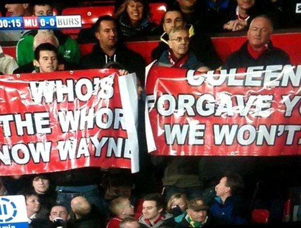 Torcida do Manchester United diz que nao perdoará Rooney