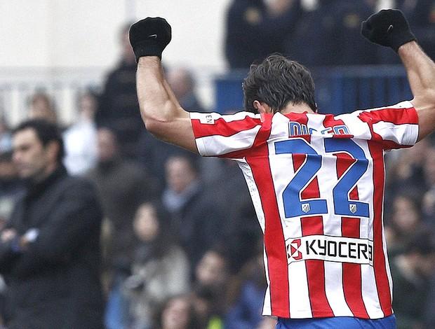 Diego comemora gol do Atlético de Madrid (Foto: EFE)
