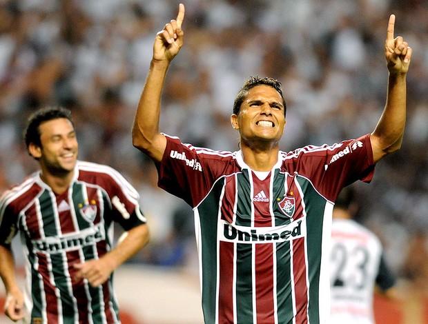 Anderson comemora gol do Fluminense contra o Zamora (Foto: Dhavid Normando / Photocamera)