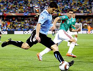 Luiz Suarez, jogador Uruguai no jogo México