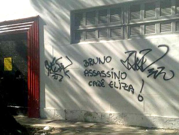 muro Flamengo pichado Bruno