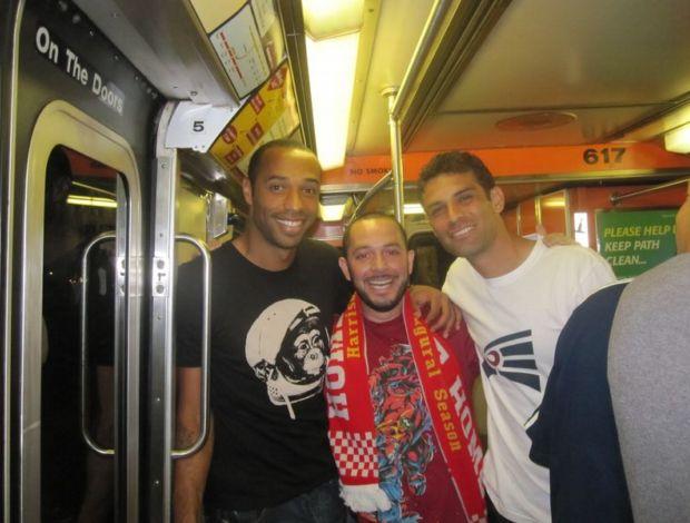 henry e rafa marquez no metrô de nova york
