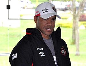 Sergio Soares no treino do Atlético-PR (Foto: Divulgação / Site Oficial do Atlético-PR)
