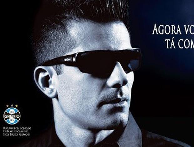 Goleiro Victor do Grêmio - Lançamento de óculos escuros