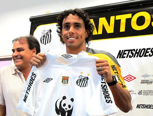 Diogo apresentado no Santos