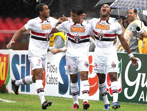 Fernandinho gol São paulo (Foto: VIPCOMM)