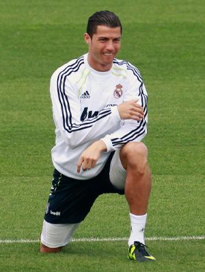 Cristiano Ronaldo treino Real Madrid (Foto: Reuters)