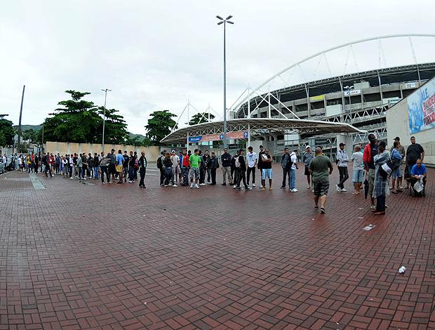 fila de ingressos engenhão vasco e flamengo (Foto  André Durão    Globoesporte.com 53bc1f91b3713