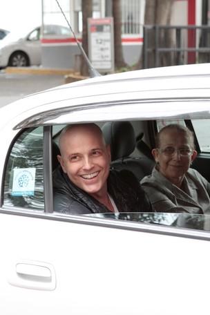 Gianecchini volta para casa depois de quimio - Contigo (Foto: Rafael Custo/Revista Contigo)
