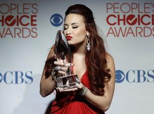 Demi Lovato no 'People's Choice Awards' em Los Angeles, nos Estados Unidos (Foto: Reuters/ Agência)