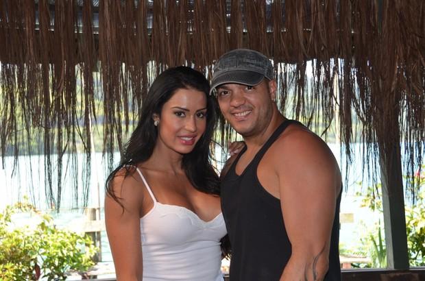 Gracyanne Barbosa nos bastidores da 'Sexy' (Foto: Divulgação)