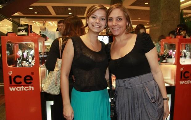 Milena Toscano e Heloísa Perissé em inauguração de loja de relogios (Foto: Isac Luz / EGO)