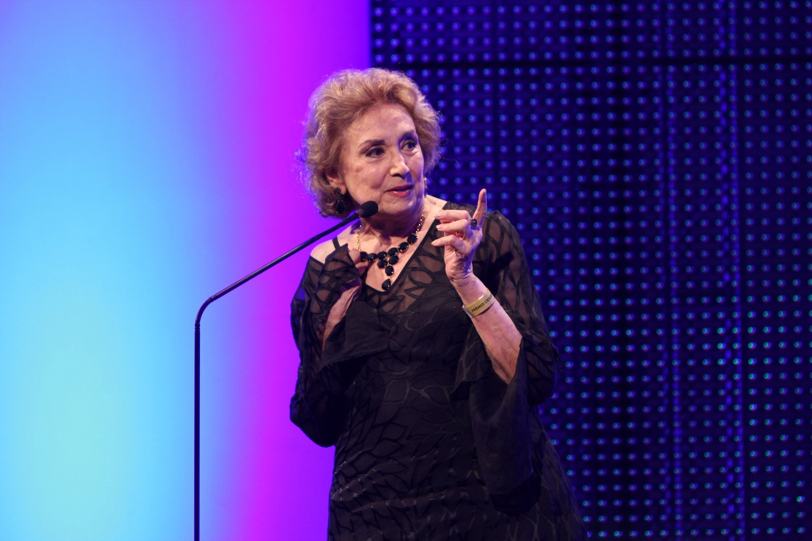 Eva Wilma em prêmio de teatro na Zona Sul do Rio