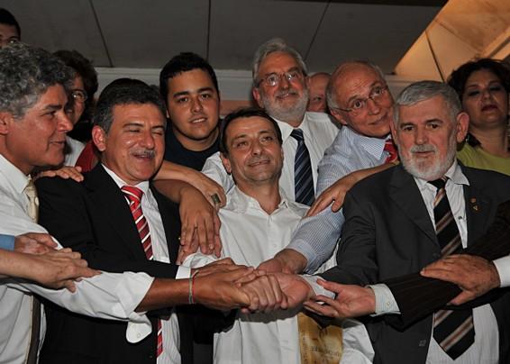 Parlamentares e Cesare Battisti