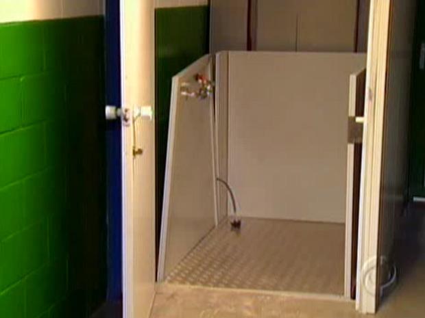 Menina morreu em acidente com elevador usado para transportar deficientes físicos no PR