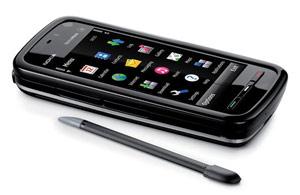 Nokia 5800, um dos aparelhos vulneráveis a ataque.
