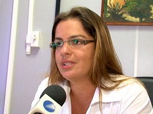 Servidora exonerada do cargo na Bahia (Foto: Reprodução/TVBA)