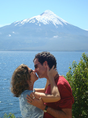 A empresária Liege: 'especialista' em passagens para encontrar o marido, Fabrício. (Foto: Arquivo pessoal)