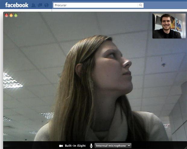 Conversas por meio de vídeo no Facebook ocorrem de maneira similar ao Skype (Foto: Reprodução)