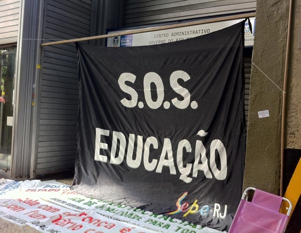 Greve dos professores (Foto: Thamine Leta/G1)